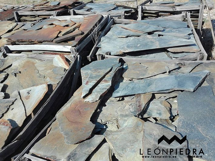 PIEDRA IRREGULAR GRIS-MARRON